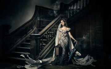 лестница, девушка, платье, взгляд, модель, волосы, лицо, темнота, зонтик, чемодан, полночь