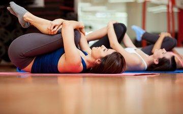 девушки, спорт, фитнес, спортивная одежда, гимнастика