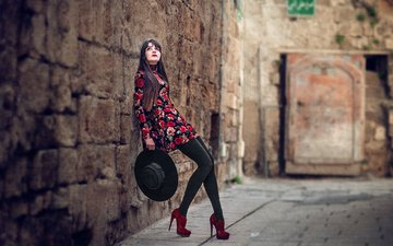 девушка, платье, стена, ножки, туфли, шляпа, боке, che nai