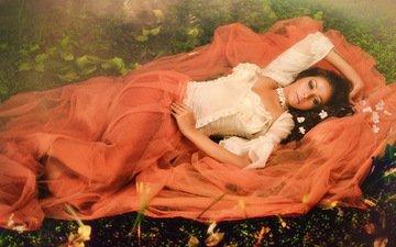 девушка, платье, брюнетка, взгляд, лежит, ткань, sps kalra, sukalpa das
