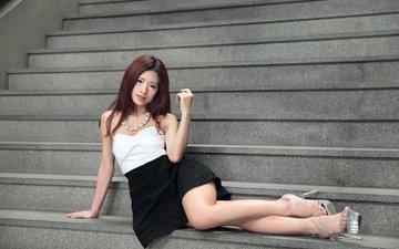 ступеньки, девушка, взгляд, ножки, волосы, лицо, каблуки, азиатка