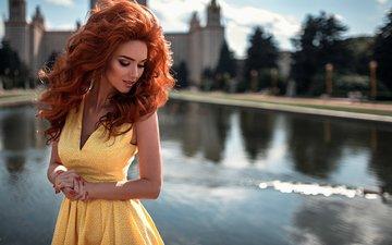 вода, девушка, рыжая, модель, фотосессия, георгий чернядьев, красные ногти, вьющиеся волосы, желтое платье