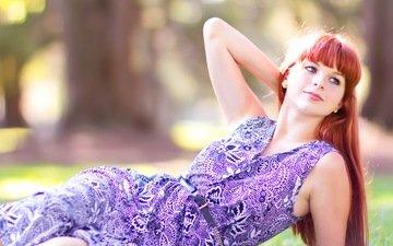 девушка, парк, платье, улыбка, лето, взгляд, рыжая, лицо