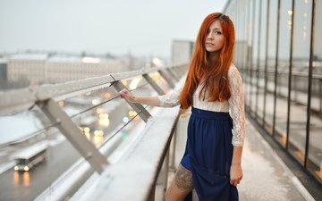 девушка, взгляд, рыжая, юбка, тату, волосы, лицо, кофта, окно, стекло, кружева, ножка