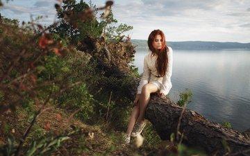 трава, деревья, озеро, природа, девушка, настроение, платье, лето, кеды, сидит, ножки, задумчивость, рыжеволосая, ksyusha, ч ксения дюрягина, ксения дюрягина