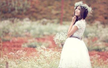 цветы, девушка, настроение, поле, взгляд, волосы, лицо, венок, азиатка, белое платье