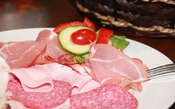 овощи, мясо, колбаса, салями, ассорти, ветчина, мясное ассорти