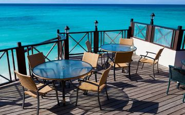sea, cafe, tables, chairs