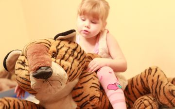 tiger, children, girl, toy, the game, child, plush toy
