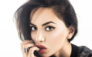girl, portrait, brunette, model, hair, lips, face, actress, makeup, celebrity, diipa khosla, divya khosla