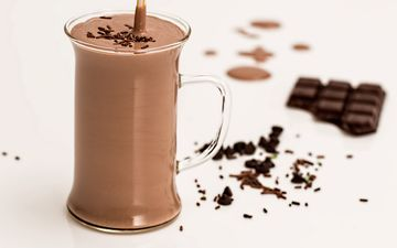 напиток, кружка, белый фон, шоколад, какао, горячий шоколад