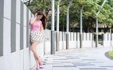 лето, юбка, улица, ножки, волосы, лицо, азиатка, высокие каблуки