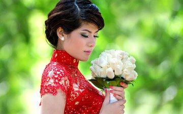 цветы, девушка, розы, букет, красное платье, закрытые глаза