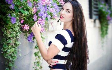 цветы, девушка, взгляд, волосы