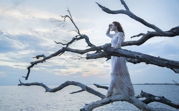 tree, girl, sea, dress, look, hair, face