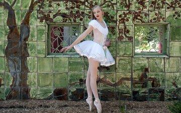 девушка, поза, блондинка, танец, ножки, балерина