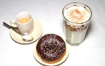 напиток, кофе, чашка, стакан, пончик, десерт, латте