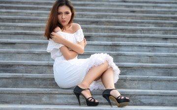 лестница, девушка, платье, взгляд, модель, волосы, sisi yolanda, ga high quality