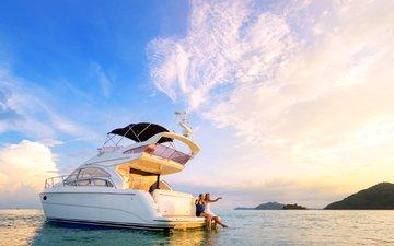 море, девушки, яхта