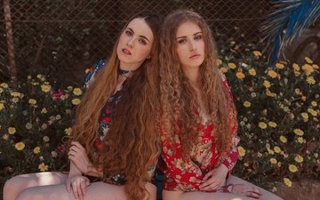 цветы, взгляд, девушки, ножки, волосы, лица, модели