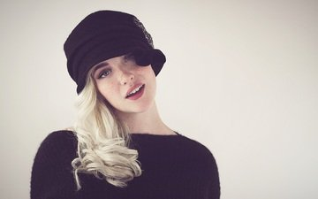 girl, blonde, look, model, hair, face, hat, devon jade