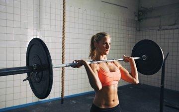 девушка, блондинка, грудь, штанга, тренировки, тяжелая атлетика