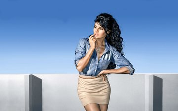 girl, brunette, look, hair, face, actress, celebrity, bollywood, jacqueline fernandez
