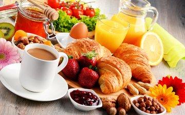 фрукты, кофе, ягоды, завтрак, герберы, круассан, сок