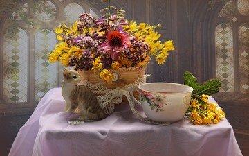 flowers, cat, figurine, bouquet, cup, tea, dishes, napkin, composition