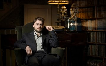 books, actor, chair, costume, twilight, shelves, daniel radcliffe