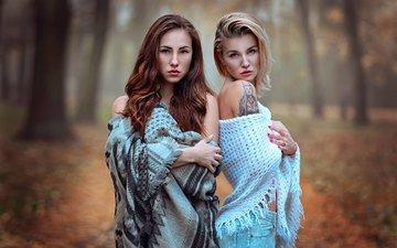 forest, blonde, autumn, girls, jeans, spring, tattoo, piercing, shawl, brown hair
