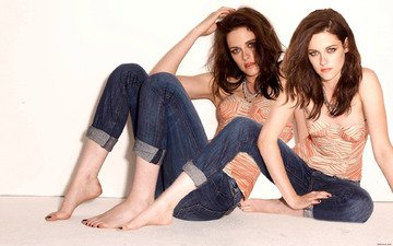 girl, look, kristen stewart, jeans, hair, face, on the floor