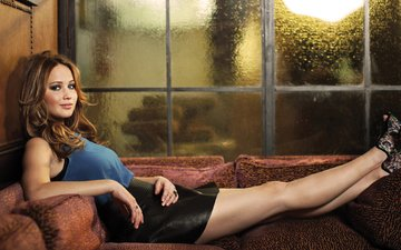 model, legs, actress, sofa, photoshoot, jennifer lawrence