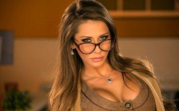 девушка, взгляд, очки, волосы, лицо, декольте