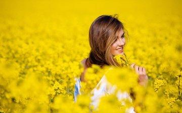 цветы, девушка, улыбка, поле, настроения