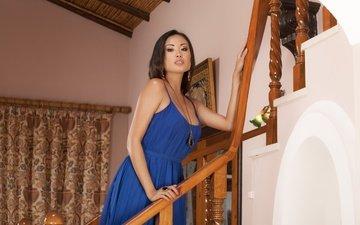 девушка, брюнетка, взгляд, волосы, лицо, азиатка, синее платье, davon ким, даника флорес