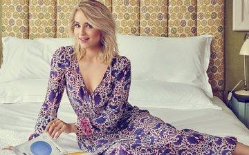 подушки, платье, поза, блондинка, взгляд, актриса, кровать, макияж, прическа, дианна агрон, brian bowen smith