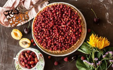 ягоды, земляника, выпечка, пирог, начинка