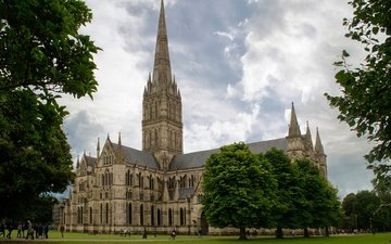 grass, clouds, trees, greens, park, cathedral, england, palace, lawn, salisbury cathedral