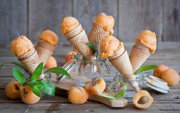 мороженое, фрукты, абрикосы, вафельные рожки