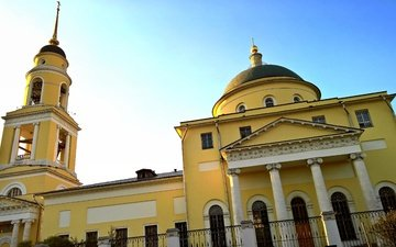 город, башня, дом, архитектура, купол, колоны, фасад, цвет желтый