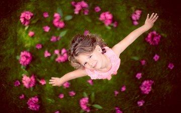 цветы, платье, вид сверху, взгляд, дети, радость, девочка, ребенок, размытие