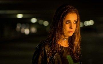 ночь, стиль, девушка, фон, взгляд, улица, волосы, лицо, куртка
