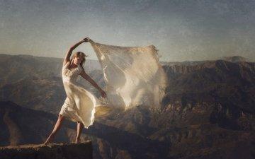 горы, скалы, девушка, настроение, ветер, белое платье, платок