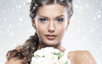 цветы, девушка, снежинки, портрет, взгляд, модель, букет, губы, лицо, макияж