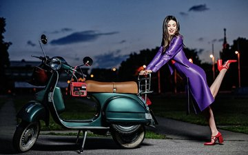 girl, pose, smile, model, feet, heels, miranda kerr, scooter