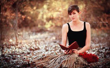 девушка, взгляд, лицо, книга, стрижка, чтение, okelly mccarthy