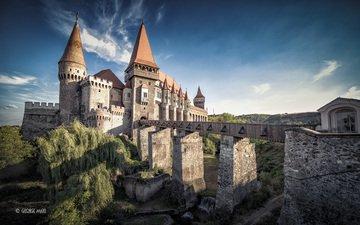 the sky, clouds, bridge, castle, romania, corwin, george matei fotografia
