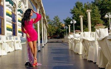 девушка, поза, брюнетка, модель, фигура, закрытые глаза, розовое платье, алена, valery skuratov