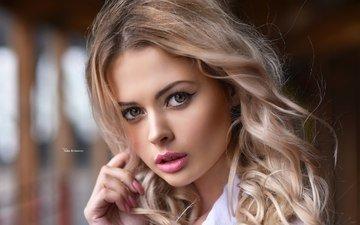 девушка, блондинка, портрет, взгляд, модель, лицо, макияж, маникюр, максим романов